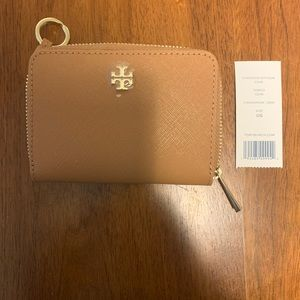 NWT Tory Burch Emerson Zip Card Case